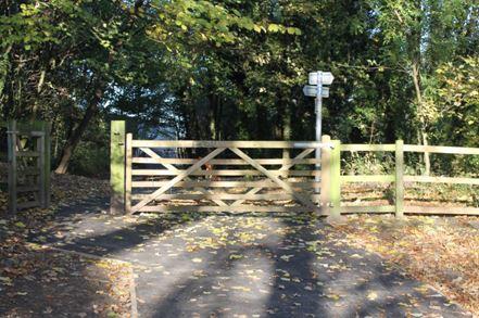 Riverdane walkway